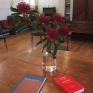 Centre of worship circle contains Quaker books