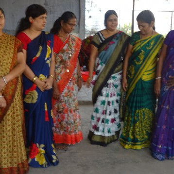 Women teachers at Itarsi